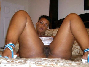Sexy black MILF pulls her panties and..