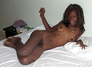 Sexy black chick Jaylenn gets naked..